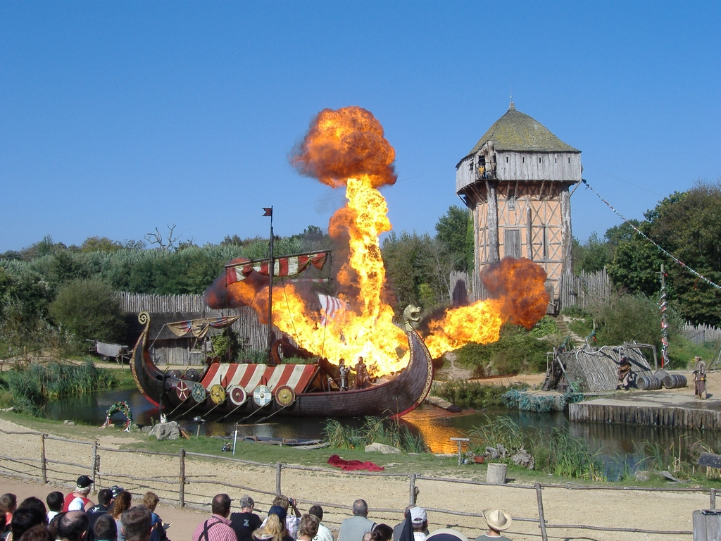 Les sites incontournables en pays de la Loire : Le Puy du Fou,